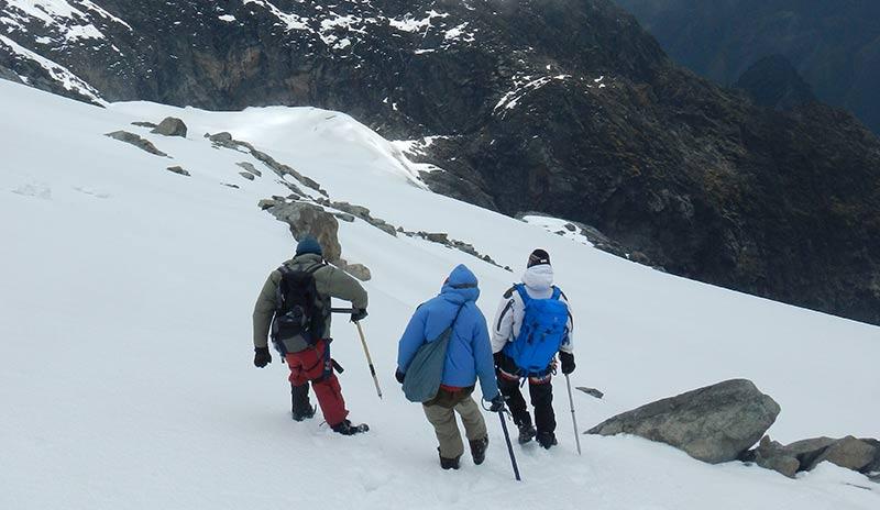 Hiking to Margherita Peak at 5109M ASL